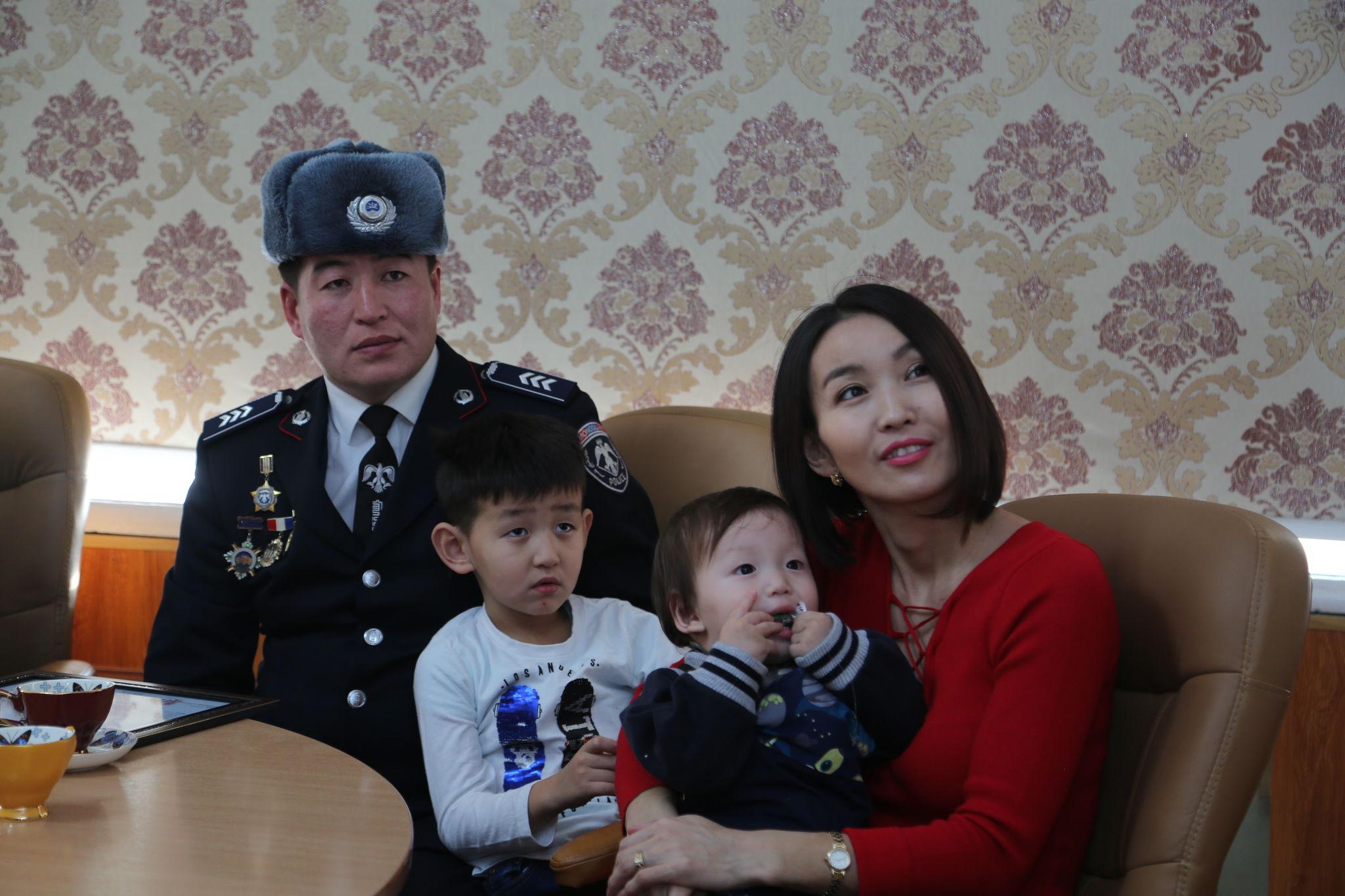 """""""Цагдаагийн гэр бүл"""" сэдэвт теле нэвтрүүлгийн уралдааны дүн гарлаа"""
