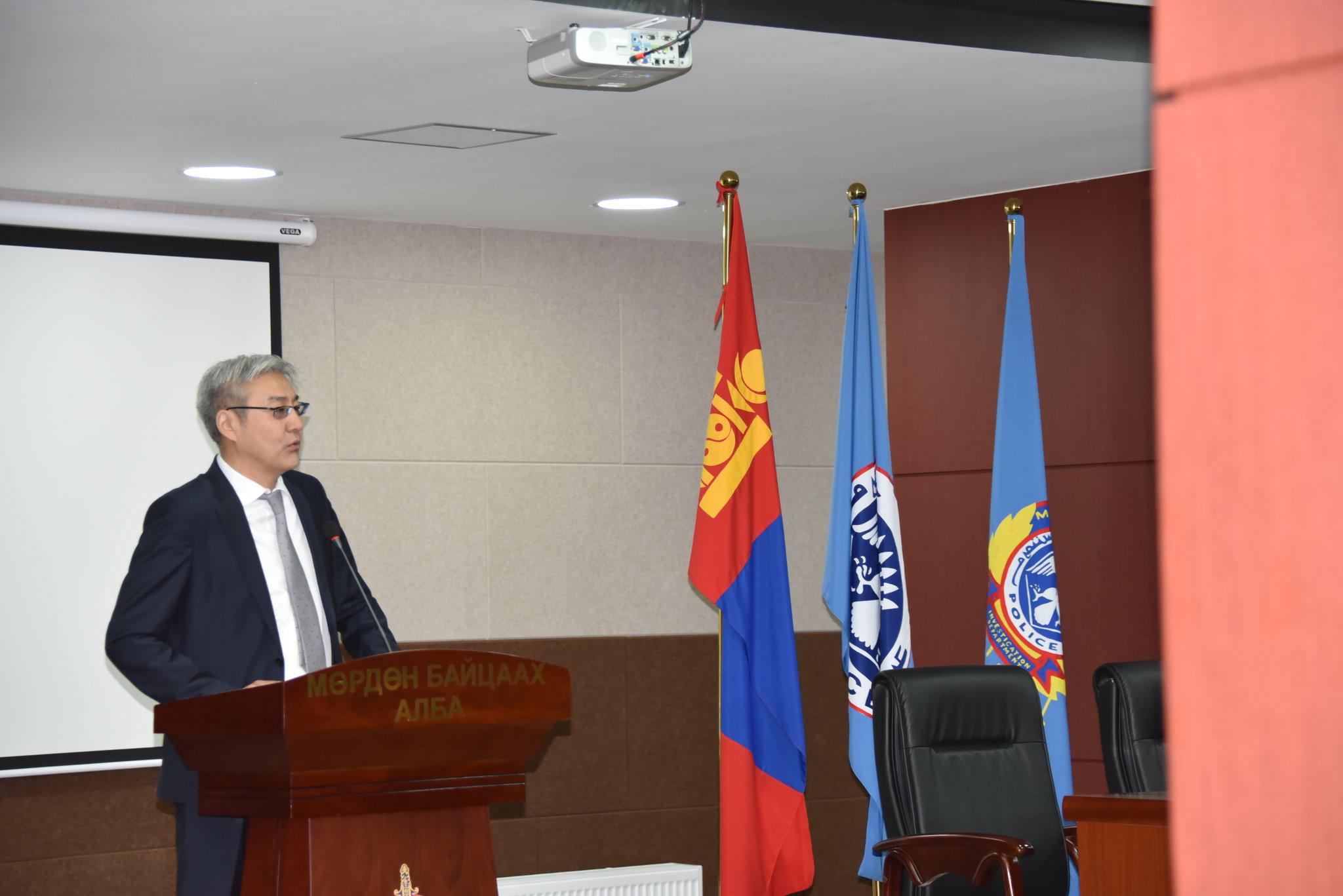 Монгол Улсын Үндэсний аюулгүй байдлын зөвлөлийн нарийн бичгийн дарга Хар тамхитай тэмцэх газрын үйл ажиллагаатай танилцлаа